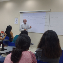Conversatorio en Cátedra de la Paz con el Lic. Anastasio Gallegos